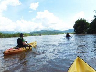 offsite-Kayaking